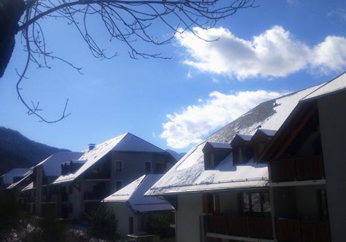 Wynajem na narty Résidence les Balcons de la Neste - Saint Lary Soulan - Zima na zewnątrz