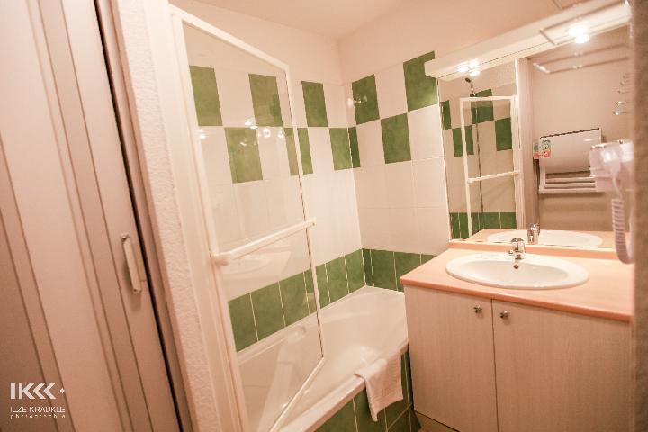 Location au ski Appartement 2 pièces cabine 6 personnes - Residence Les Balcons De La Neste - Saint Lary Soulan - Salle de bains