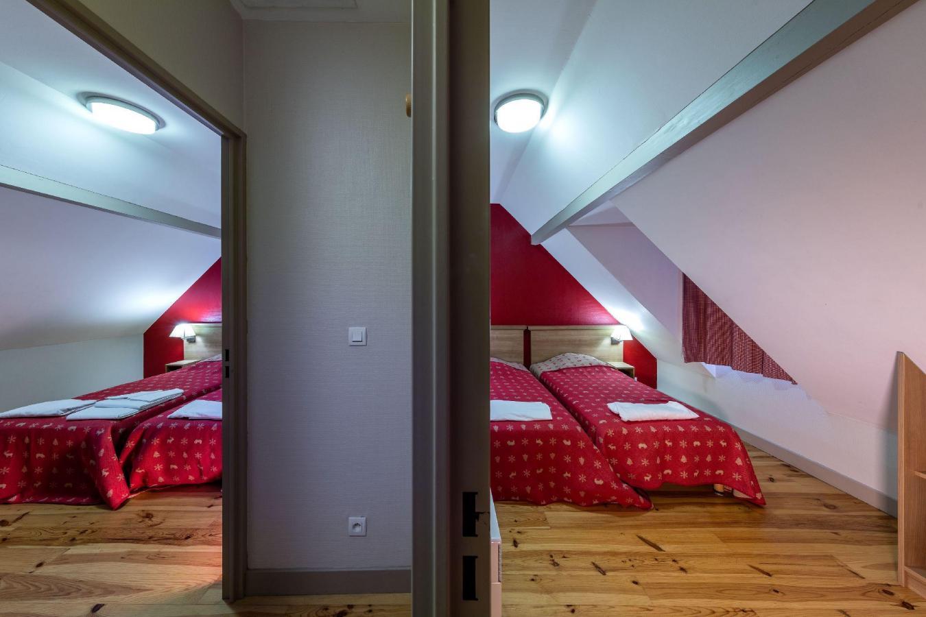 Location au ski Residence Les Trois Vallees - Saint Lary Soulan - Chambre mansardée