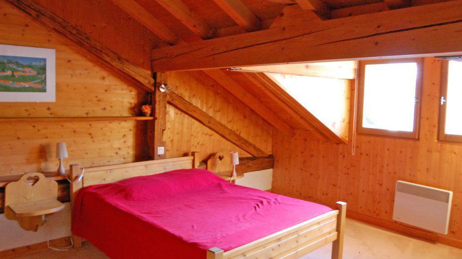 Location au ski Appartement duplex 6 pièces 10 personnes - Chalet Gremelle - Saint Martin de Belleville - Chambre mansardée