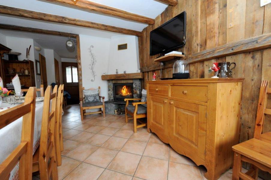 Wynajem na narty Apartament triplex 5 pokojowy kabina  8 osób - Chalet Marie Gros - Saint Martin de Belleville - Kominkiem