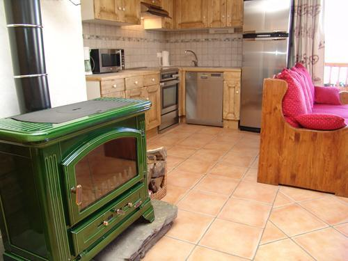 Chalet mimosa saint martin de belleville location - Poele a bois appartement ...