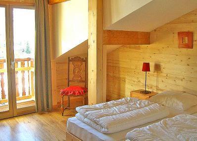Location au ski Chalet 8 pièces 14 personnes - Chalet Balcons Acacia - Saint Martin de Belleville - Chambre mansardée