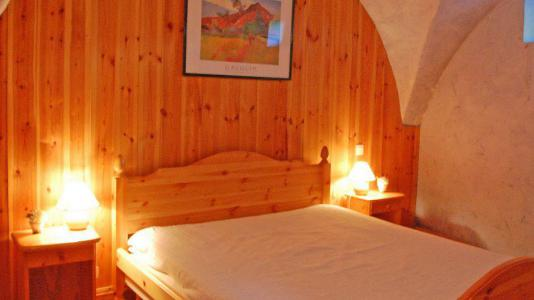 Rent in ski resort 3 room apartment 6 people - Chalet Gremelle - Saint Martin de Belleville - Bedroom