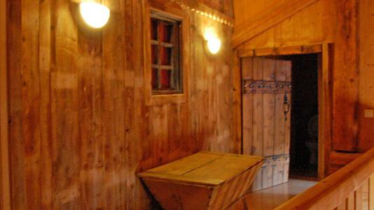 Rent in ski resort 6 room duplex apartment 10 people - Chalet Gremelle - Saint Martin de Belleville - Hall