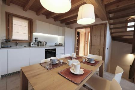 Rent in ski resort 4 room triplex chalet 6 people (Aigle) - Le Hameau de Caseblanche - Saint Martin de Belleville - Kitchenette