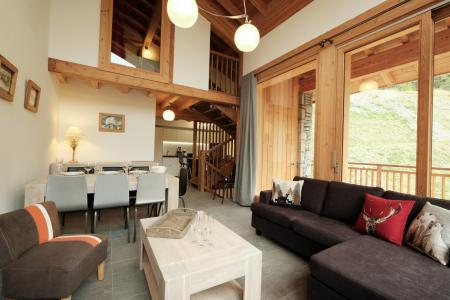 Rent in ski resort 4 room triplex chalet 6 people (Coron) - Le Hameau de Caseblanche - Saint Martin de Belleville - Living room
