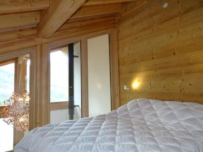 Rent in ski resort 4 room triplex chalet 6 people (Suzan) - Le Hameau de Caseblanche - Saint Martin de Belleville - Bedroom