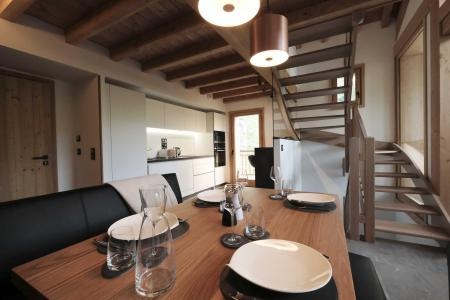 Rent in ski resort 4 room triplex chalet 6 people (Suzan) - Le Hameau de Caseblanche - Saint Martin de Belleville - Living room