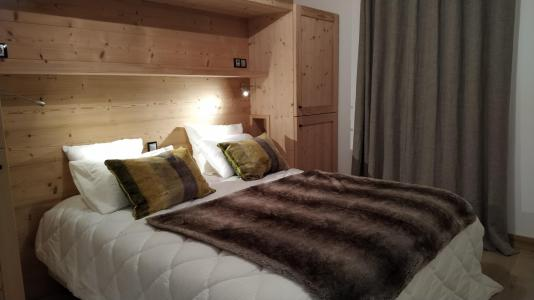 Rent in ski resort 5 room triplex chalet 8 people (Retrouvailles) - Le Hameau de Caseblanche - Saint Martin de Belleville - Double bed