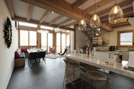 Rent in ski resort 6 room triplex chalet 12 people (Ibis Viperae) - Le Hameau de Caseblanche - Saint Martin de Belleville - Dining area