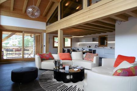 Rent in ski resort 7 room triplex chalet 14 people (Haleakala) - Le Hameau de Caseblanche - Saint Martin de Belleville - Living room