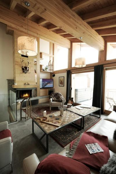Rent in ski resort 8 room triplex chalet 14 people (Cerf d'Or) - Le Hameau de Caseblanche - Saint Martin de Belleville - Fireplace