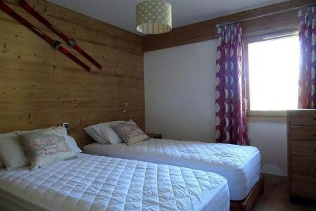 Rent in ski resort 8 room triplex chalet 14 people (Cerf d'Or) - Le Hameau de Caseblanche - Saint Martin de Belleville - Single bed