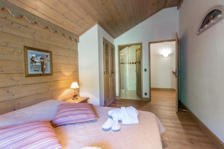 Rent in ski resort 5 room apartment 10 people (A08) - Les Chalets du Gypse - Saint Martin de Belleville - Bedroom