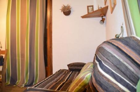 Location au ski Studio 2 personnes (2) - Residence Biollay - Saint Martin de Belleville - Canapé