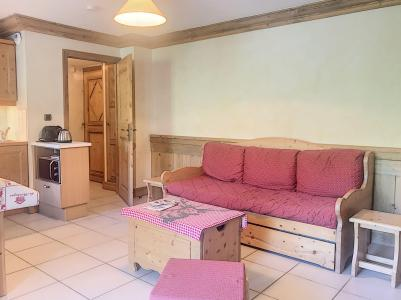 Rent in ski resort 2 room apartment 4 people (A1) - Résidence le Cochet - Saint Martin de Belleville - BZ-sofa