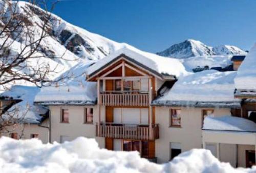 Location au ski Residence Le Balcon Des Neiges - Saint Sorlin d'Arves - Extérieur hiver