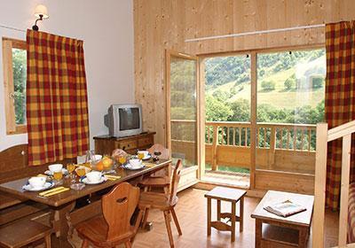 Location au ski Residence Les Chalets De L'arvan - Saint Sorlin d'Arves - Coin repas