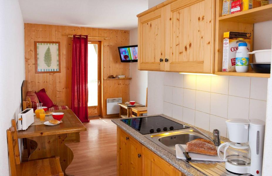 Rent in ski resort Les Fermes de Saint Sorlin - Saint Sorlin d'Arves - Dining area