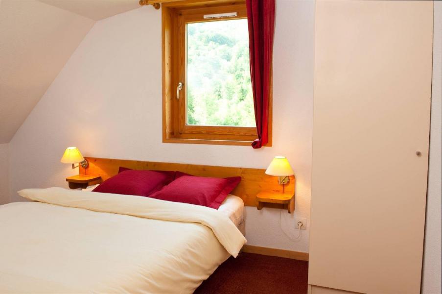 Rent in ski resort Les Fermes de Saint Sorlin - Saint Sorlin d'Arves - Double bed