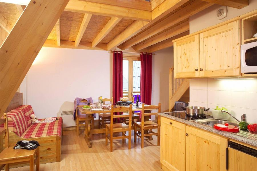Rent in ski resort Les Fermes de Saint Sorlin - Saint Sorlin d'Arves - Living room