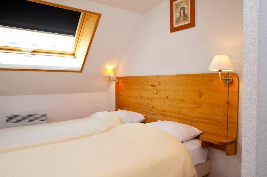 Rent in ski resort Les Fermes de Saint Sorlin - Saint Sorlin d'Arves - Twin beds
