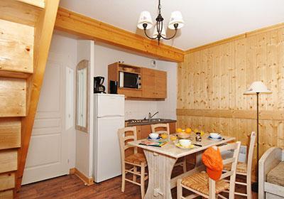 Location au ski Residence Les Chalets De L'arvan Ii - Saint Sorlin d'Arves - Table