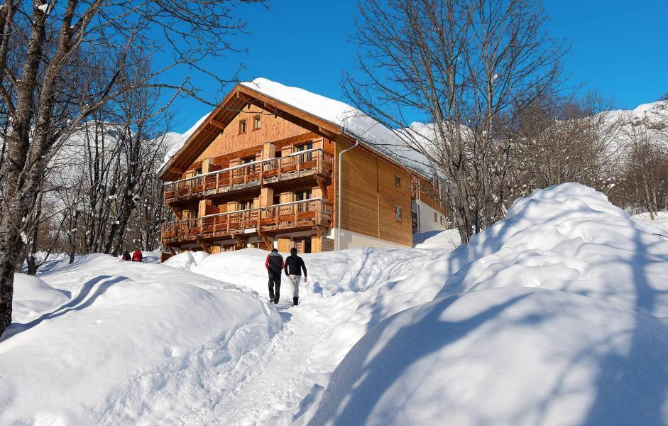 Аренда на лыжном курорте Résidence les Chalets de la Porte des Saisons - Saint Sorlin d'Arves - зимой под открытым небом