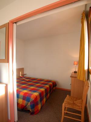 Location au ski Appartement 2 pièces cabine 5-6 personnes - Residence L'ouillon - Saint Sorlin d'Arves - Paroi coulissante