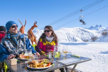 Vacances en montagne Résidence le Balcon des Neiges - Saint Sorlin d'Arves - Extérieur hiver