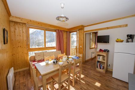 Аренда на лыжном курорте Résidence le Balcon des Neiges - Saint Sorlin d'Arves - Стол