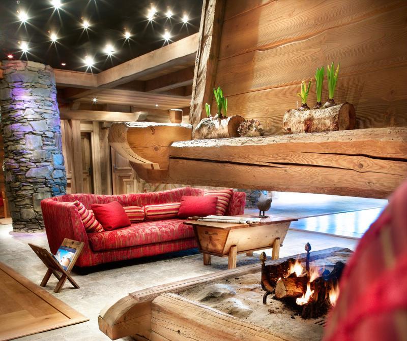 Аренда на лыжном курорте Les Fermes de Sainte Foy - Sainte Foy Tarentaise - Камин