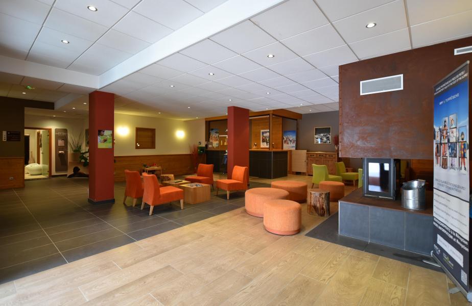 Location au ski Résidence Club MMV l'Étoile des Cîmes - Sainte Foy Tarentaise - Réception