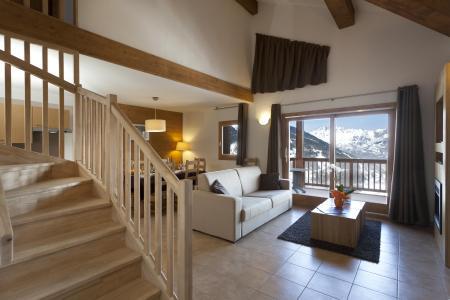 Аренда на лыжном курорте Résidence Club MMV l'Étoile des Cîmes - Sainte Foy Tarentaise - Французское окно выходящее на балкон