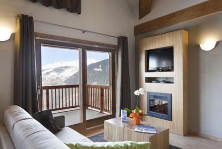 Location au ski Residence Club Mmv L'etoile Des Cimes - Sainte Foy Tarentaise - Porte-fenêtre donnant sur balcon