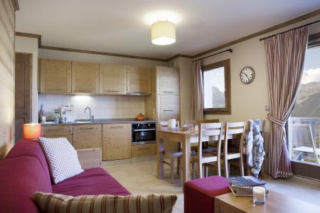 Rent in ski resort Résidence le Ruitor - Sainte Foy Tarentaise - Open-plan kitchen