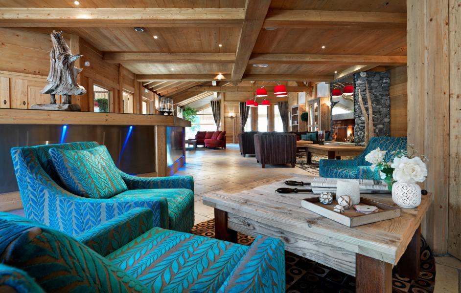 Location au ski Residence La Reine Des Pres - Samoëns - Réception