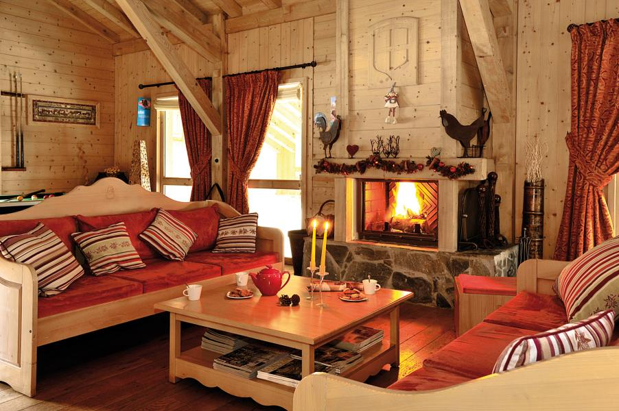 Rent in ski resort Résidence Lagrange les Fermes de Samoëns - Samoëns - Fireplace