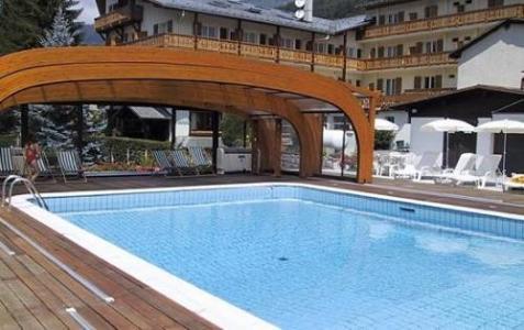 Location au ski Hotel Les Glaciers - Samoëns - Piscine