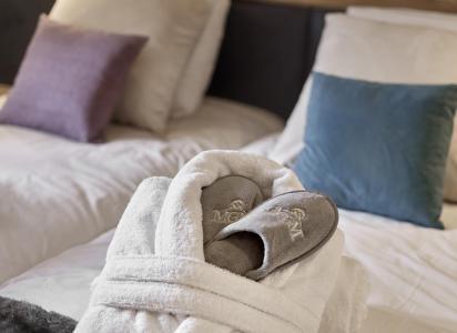 Rent in ski resort Résidence Alexane - Samoëns - Bedroom