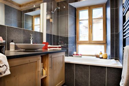 Rent in ski resort Résidence les Chalets de Layssia - Samoëns - Bathroom