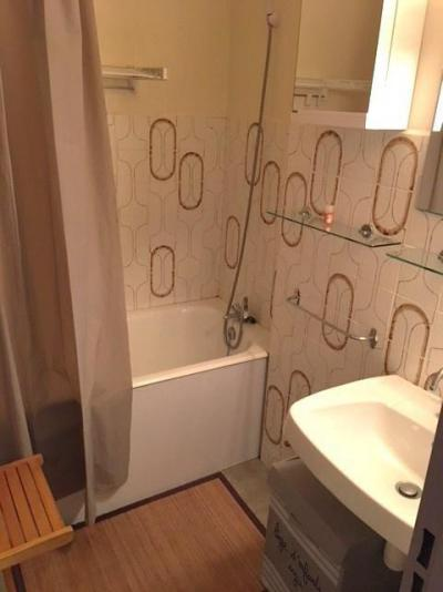 Аренда на лыжном курорте Квартира студия со спальней для 4 чел. (74A) - Résidence les Mélèzes - Sauze - Super Sauze - Ванна