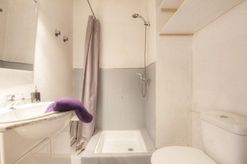 Location au ski Studio 2 personnes (827) - Residence Les Eterlous - Serre Chevalier - Salle de bains