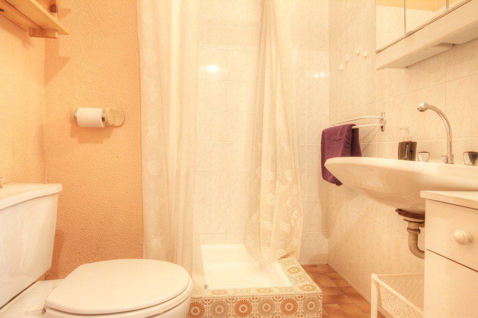 Location au ski Studio 2 personnes (999) - Residence Les Eterlous - Serre Chevalier - Salle de bains