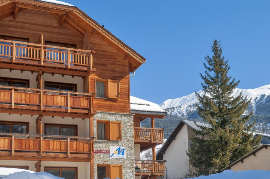 chalet l 39 eterlou ski station serre chevalier zuiderlijke alpen france met ski planet. Black Bedroom Furniture Sets. Home Design Ideas
