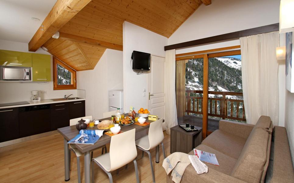 Rent in ski resort Chalet l'Eterlou - Serre Chevalier - Living room