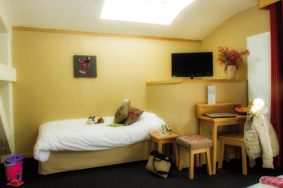 Location au ski Chambre 3 personnes (Confort) - Hôtel Club Les Alpes d'Azur - Serre Chevalier - Chambre