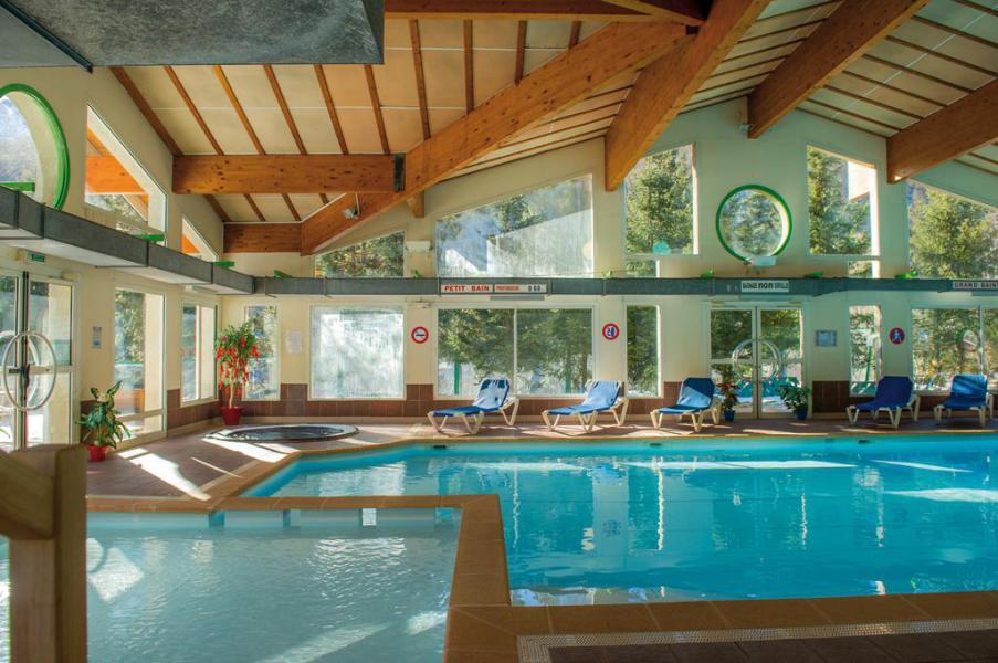Location au ski Hôtel Club Les Alpes d'Azur - Serre Chevalier - Piscine