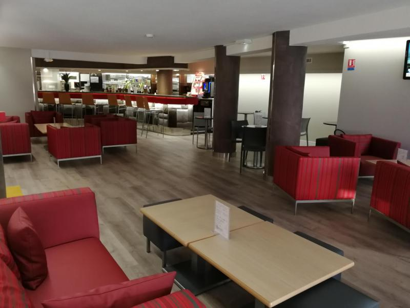 Location au ski Hôtel Suite Home Briançon - Serre Chevalier - Réception